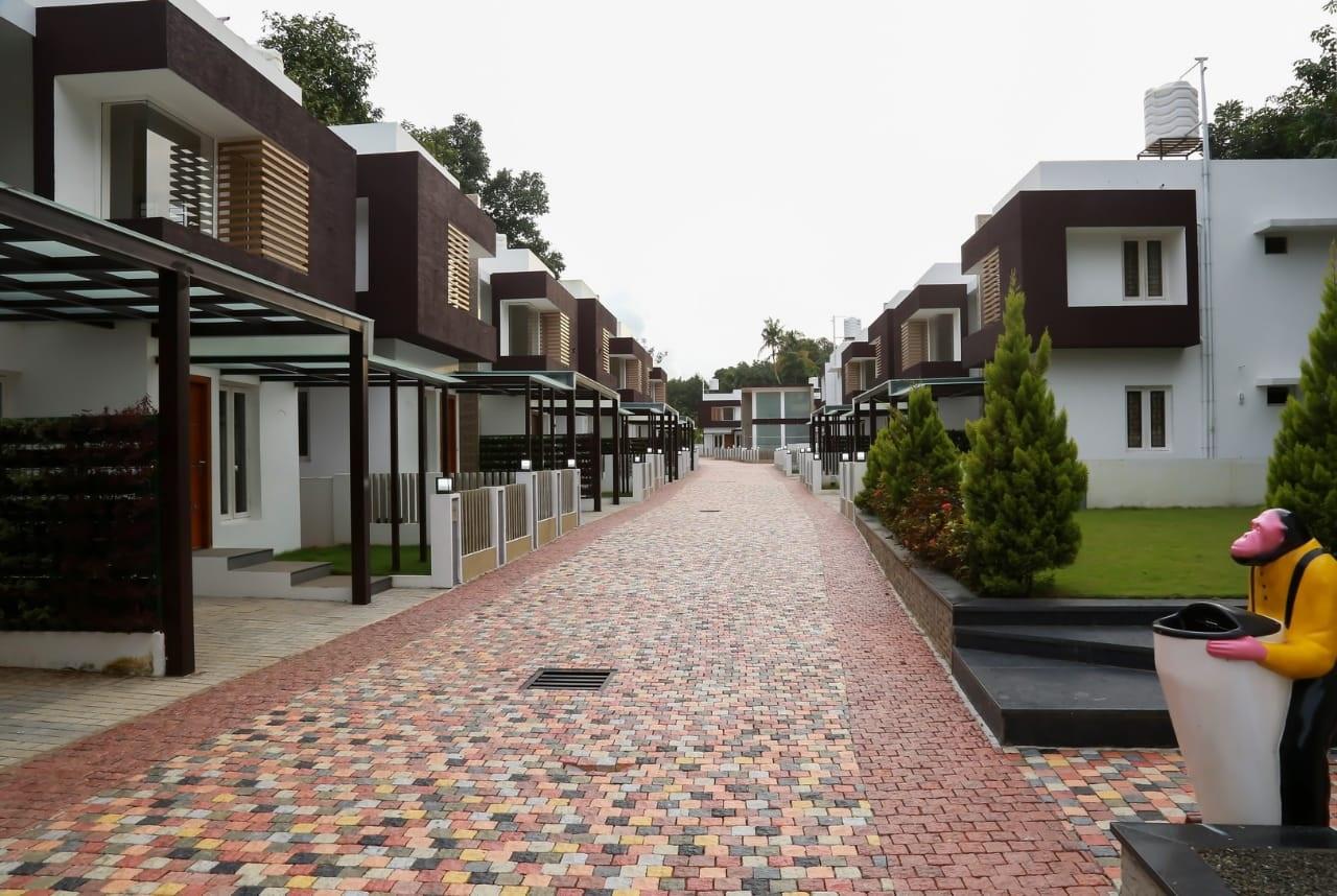 3 BHK twin villas sale below 60 lakhs Kochi, Shwas Homes