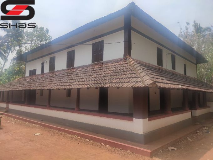 Land with Nalukettu house for sale in Kongad, Palakkad Real Estate