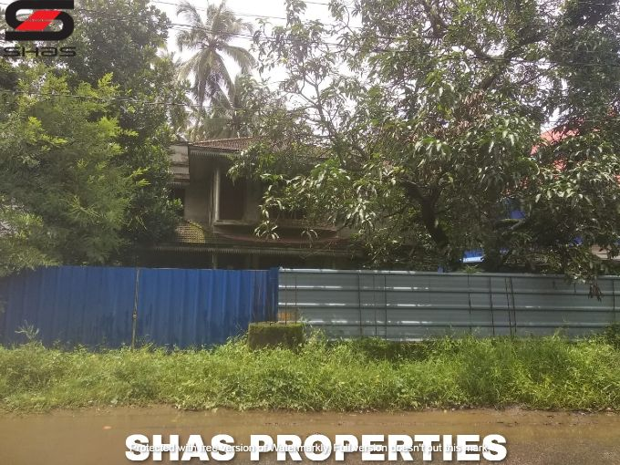 Luxury house for sale in Poochunnipadam, Thrissur Real Estate Dealers