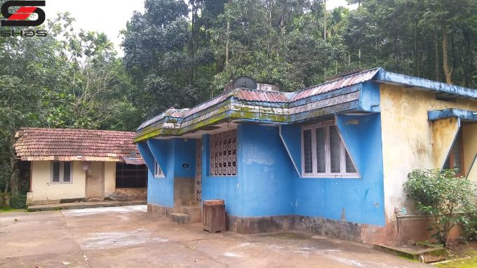 Land and house in Meenangadi, Wayanad Properties for sale